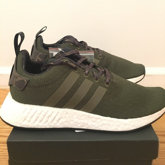 Adidas Originals NMD R2 Boost Olive Green Camo NEW NWT